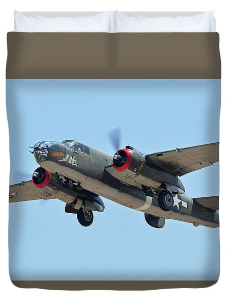 North American B-25j Mitchell Nl3476g Tondelayo Phoenix-mesa Gateway Airport Arizona April 15, 2016 Duvet Cover by Brian Lockett
