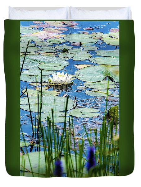 North American White Water Lily Duvet Cover