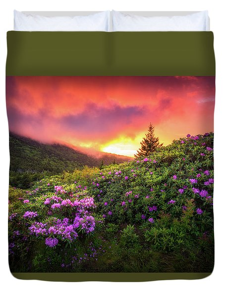 North Carolina Mountains Outdoors Landscape Appalachian Trail Spring Flowers Sunset Duvet Cover