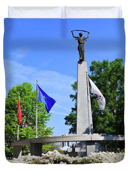 North Carolina Veterans Monument Duvet Cover