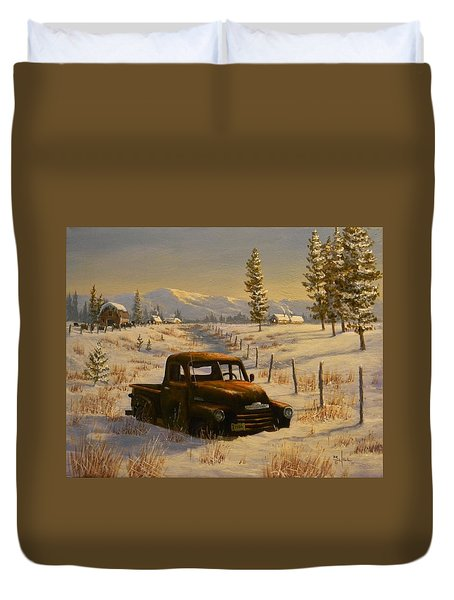 North Idaho Yard Art Duvet Cover