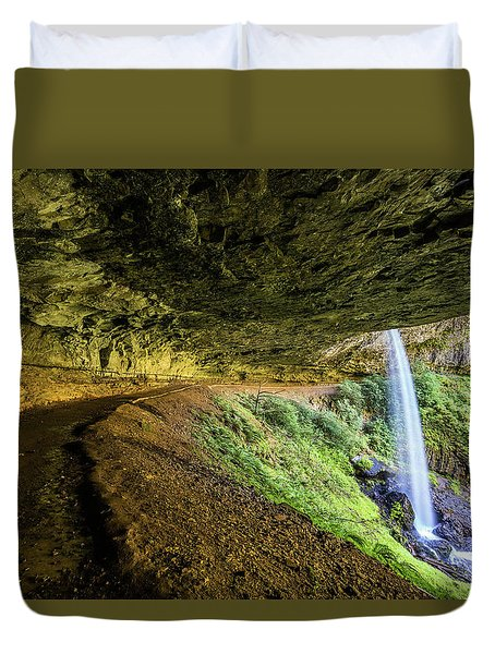 Duvet Cover featuring the photograph North Silver Falls Oregon by Pierre Leclerc Photography