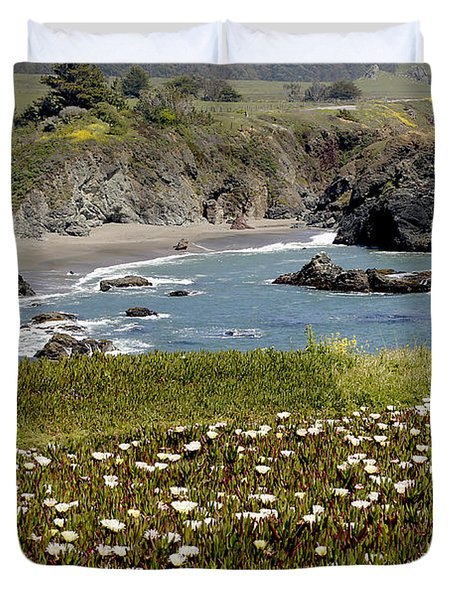 Northern California Coast Scene Duvet Cover by Mick Anderson