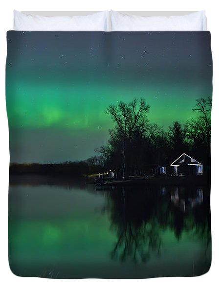 Northern Lights At Gull Lake Duvet Cover