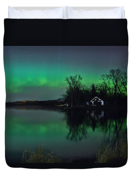 Northern Lights At Gull Lake Duvet Cover