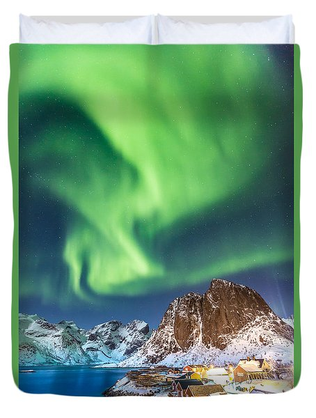 Northern Lights In Hamnoy Duvet Cover
