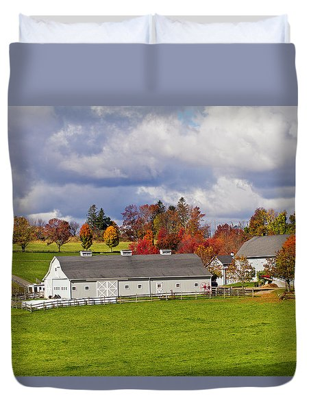 Northfield Farm In Autumn Duvet Cover
