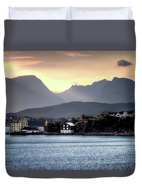 Duvet Cover featuring the photograph Norwegian Sunrise by Jim Hill