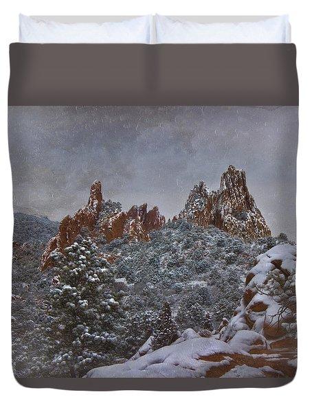 Duvet Cover featuring the photograph November Snow - Garden Of The Gods by Ellen Heaverlo