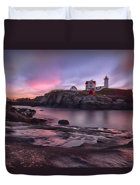 Nubble Lighthouse At Sunrise York Me Duvet Cover