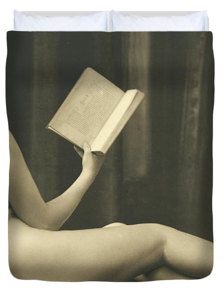 Nude Reading A Book  Duvet Cover