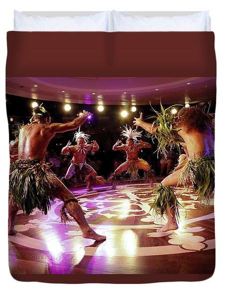 Nuku Hiva Dancers Duvet Cover