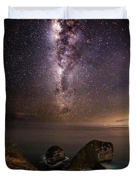 Duvet Cover featuring the photograph Nusa Penida Beach At Night by Pradeep Raja Prints