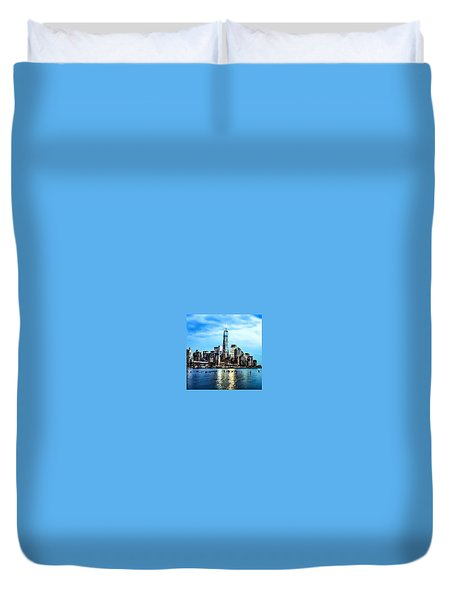 Nyc- A Blue Day Duvet Cover