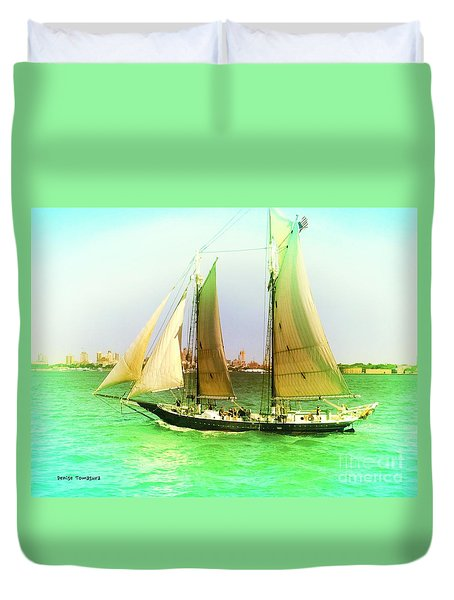 Nyc Sailing Duvet Cover