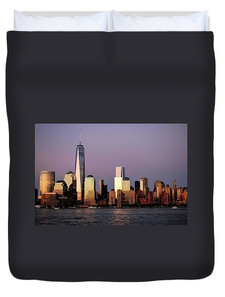 Nyc Skyline At Dusk Duvet Cover