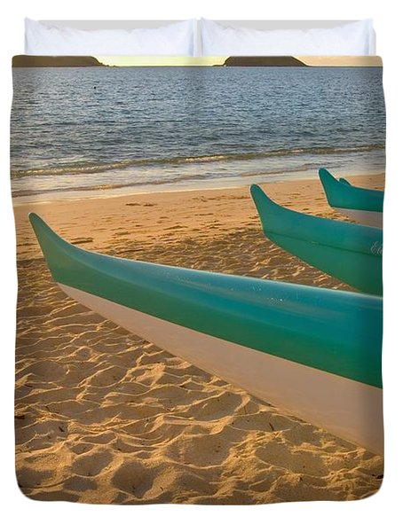 Oahu, Outrigger Canoes Duvet Cover by Tomas del Amo - Printscapes