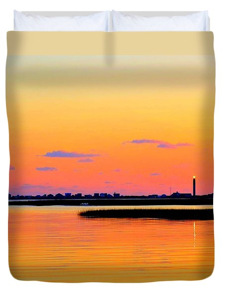 Duvet Cover featuring the photograph Oak Island Lighthouse Sunset by Shelia Kempf