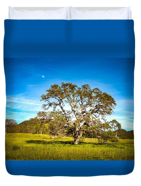 Oak Tree Green Meadow Moon Rising Duvet Cover