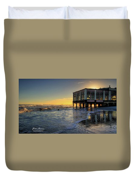 Oc Music Pier Sunset Duvet Cover