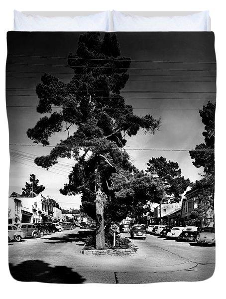 Ocean Avenue At Lincoln St - Carmel-by-the-sea, Ca Cirrca 1941 Duvet Cover