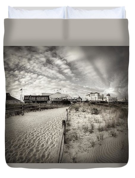 Ocean City Bw Duvet Cover