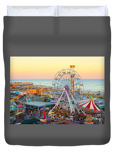 Ocean City New Jersey Boardwalk And Music Pier Duvet Cover