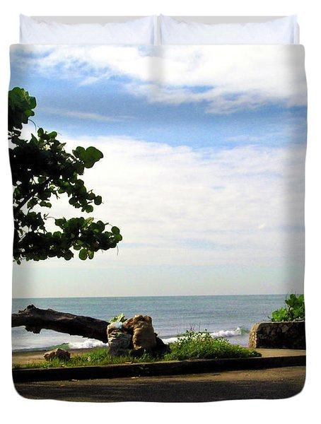 Ocean Formed Tree Duvet Cover