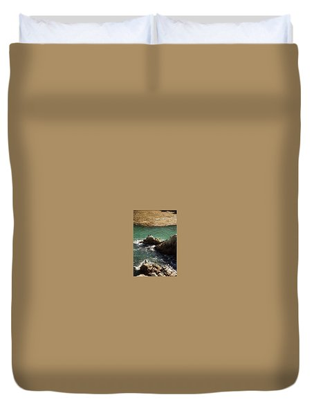 Ocean Rock Near Carmel Duvet Cover