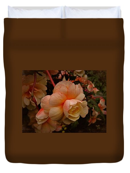 Duvet Cover featuring the photograph Vintage Begonia No. 2 by Richard Cummings