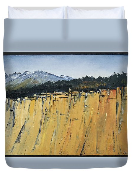 Of Bluff And Mountain Duvet Cover