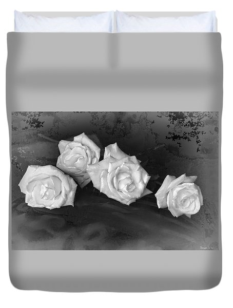 Duvet Cover featuring the photograph Even Roses Now And Then by Bonnie Willis