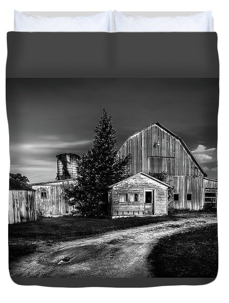 Ohio Barn At Sunrise Duvet Cover