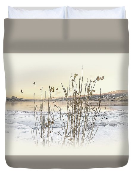 Duvet Cover featuring the photograph Okanagan Glod by John Poon