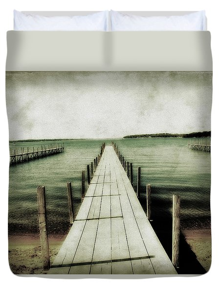 Okoboji Docks Duvet Cover
