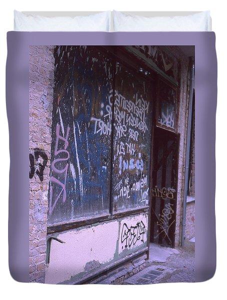 Old Bar, Old Graffitis Duvet Cover