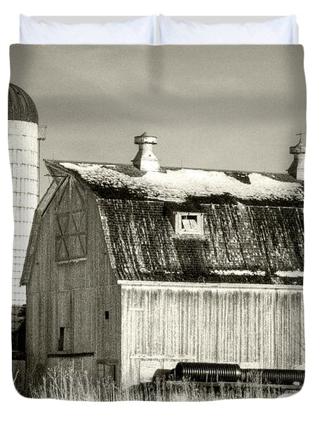 Old Barn Huntley Illinois Duvet Cover