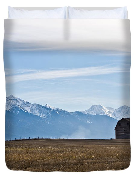 Old Barn, Mission Mountains Duvet Cover