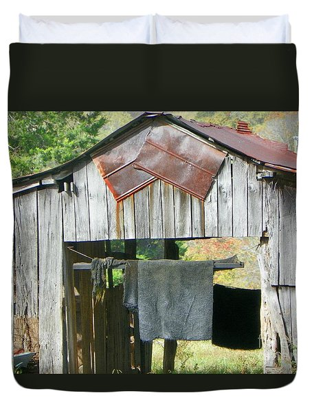 Old Barn Up Close Duvet Cover