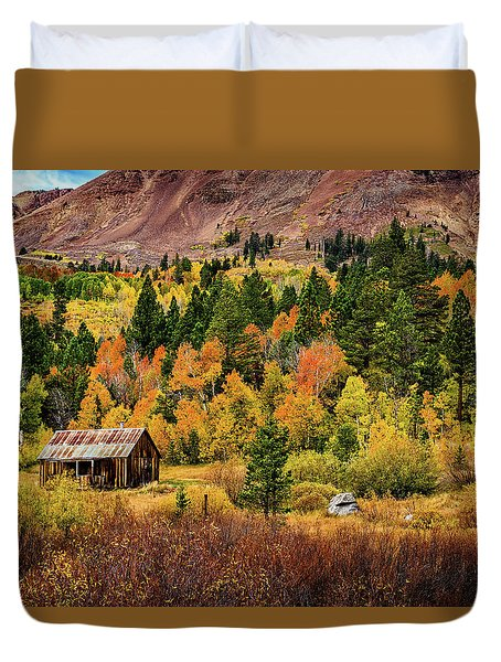 Old Cabin In Hope Valley Duvet Cover