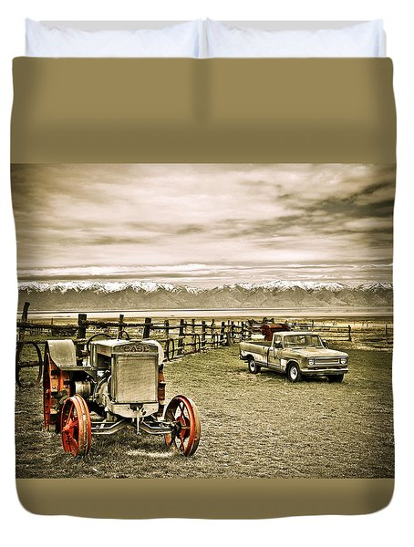 Old Case Tractor Duvet Cover
