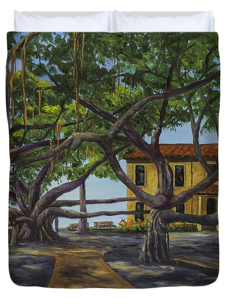 Old Courthouse Maui Duvet Cover