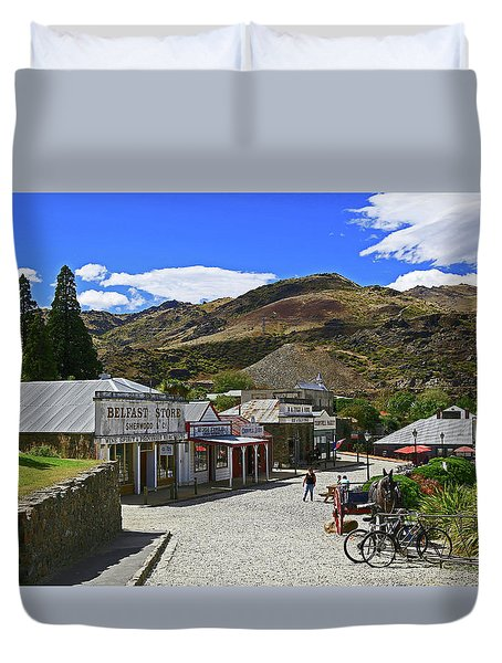 Duvet Cover featuring the photograph Old Cromwell Town by Nareeta Martin