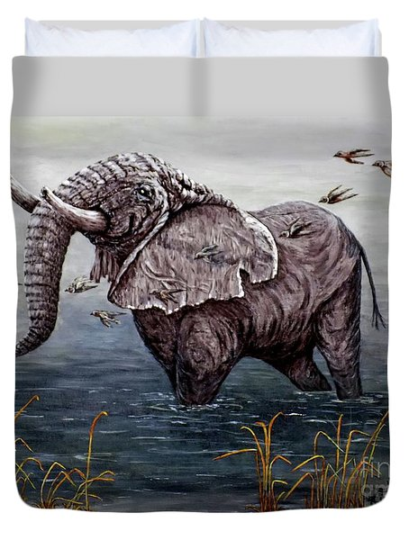 Duvet Cover featuring the painting Old Elephant by Judy Kirouac