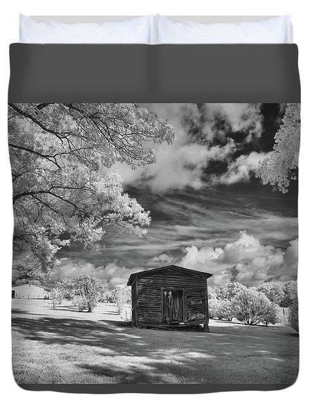 Old Farm Shed  Duvet Cover