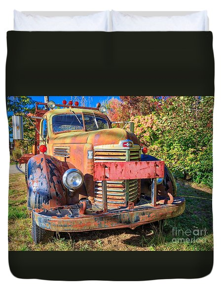 Duvet Cover featuring the photograph Old Farm Truck Hdr by Edward Fielding
