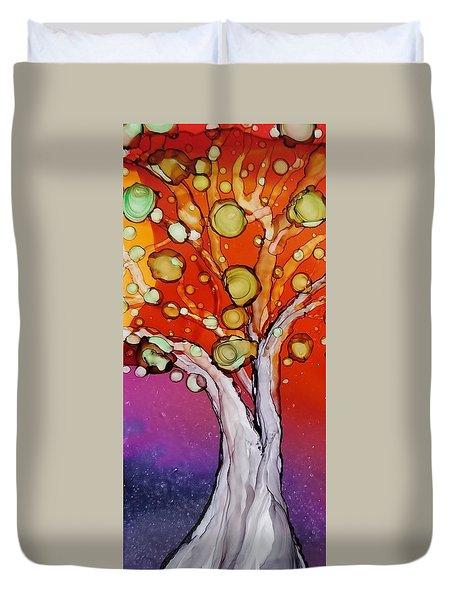 Old Gray Tree Duvet Cover