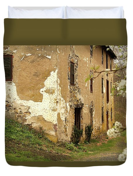 Old House In Pennsylvania Duvet Cover