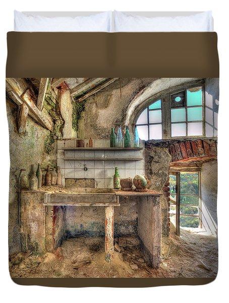 Old Kitchen - Vecchia Cucina Duvet Cover