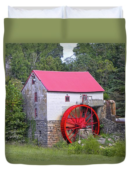 Old Mill Of Guilford Squared Duvet Cover by Sandi OReilly